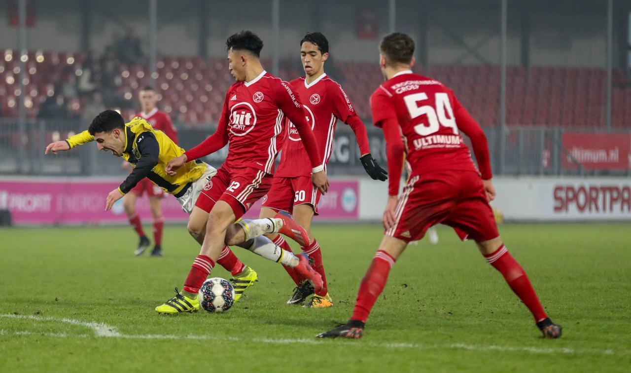 Jong Almere City FC niet geholpen met gelijkspel