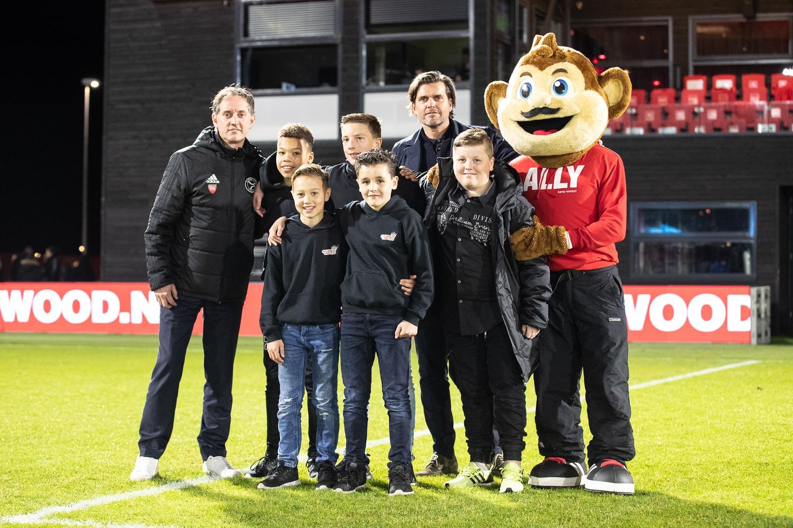 'De Bazen van de Club' vormen jeugdbestuur