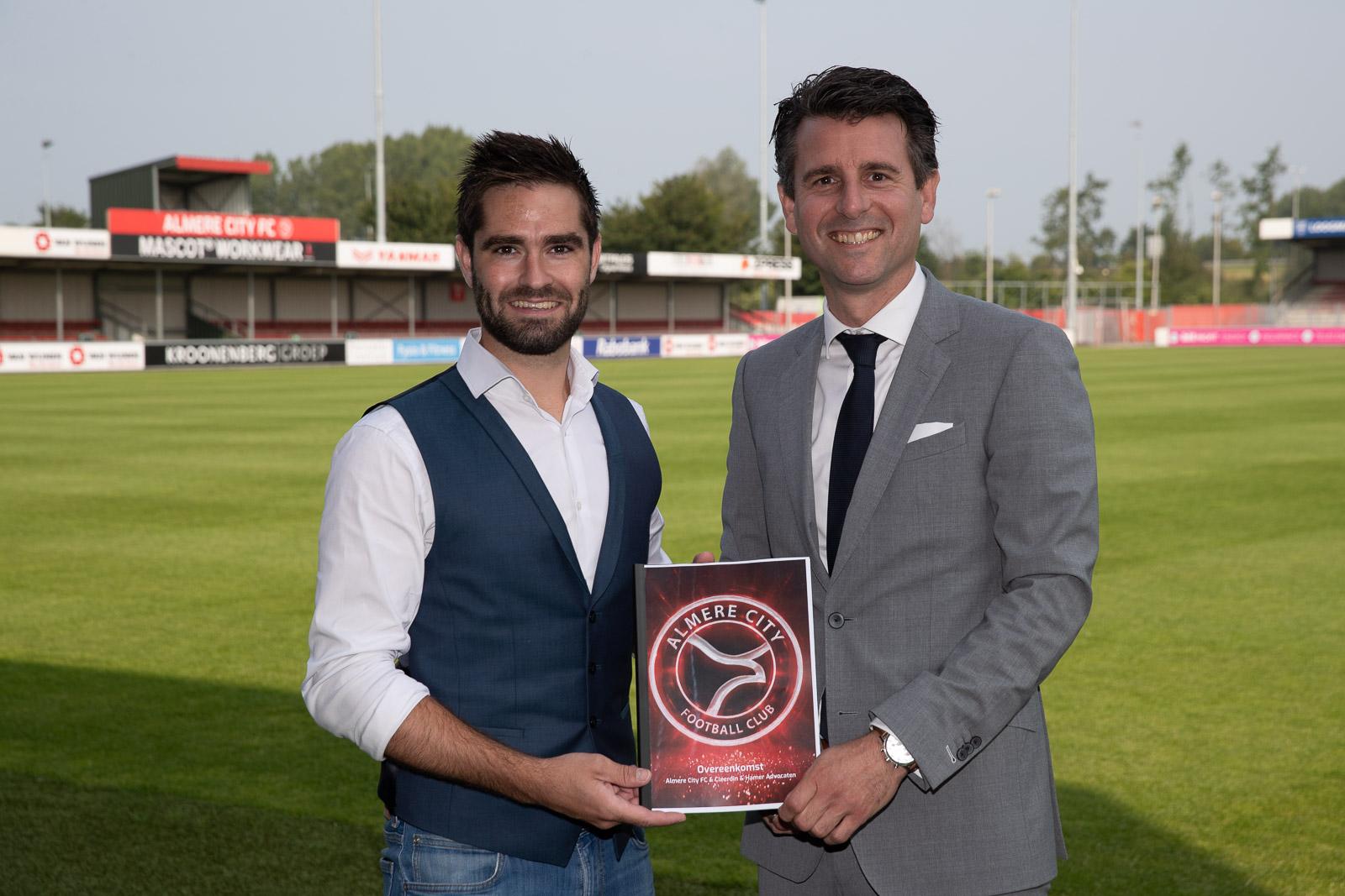 Almere City FC verwelkomt met Cleerdin & Hamer Advocaten nieuwe businesspartner