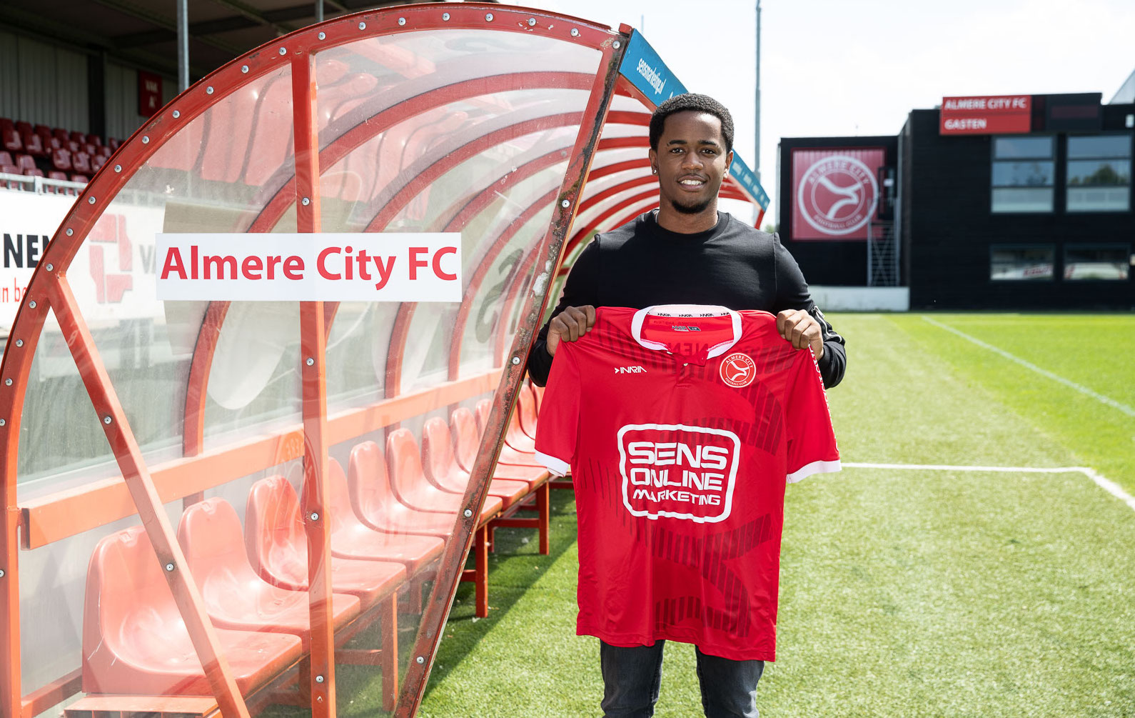 Almere City bereikt akkoord met Tottenham Hotspur-talent Shayon Harrison