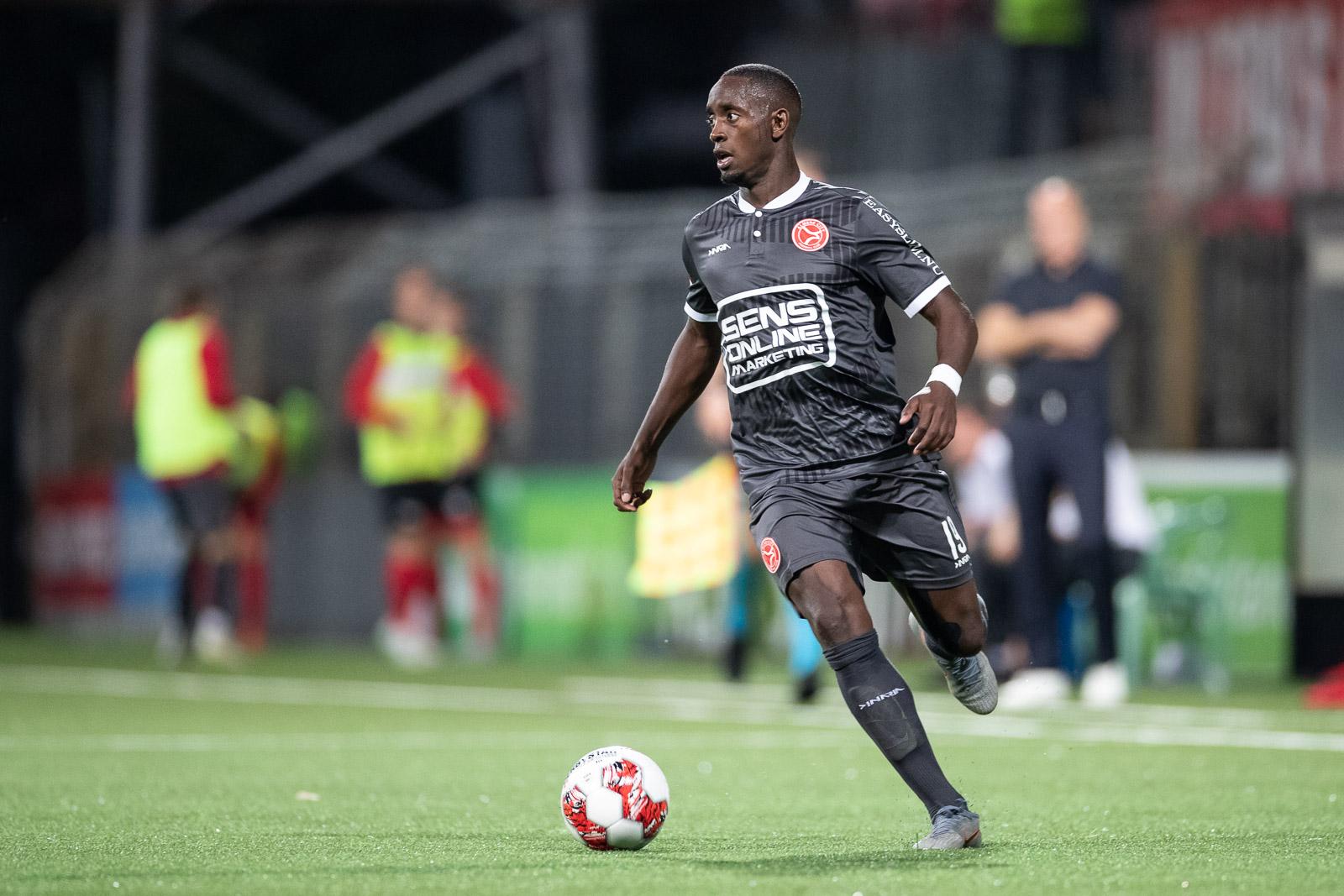 Almere City FC jaagt in Amsterdam op eerste uitzege