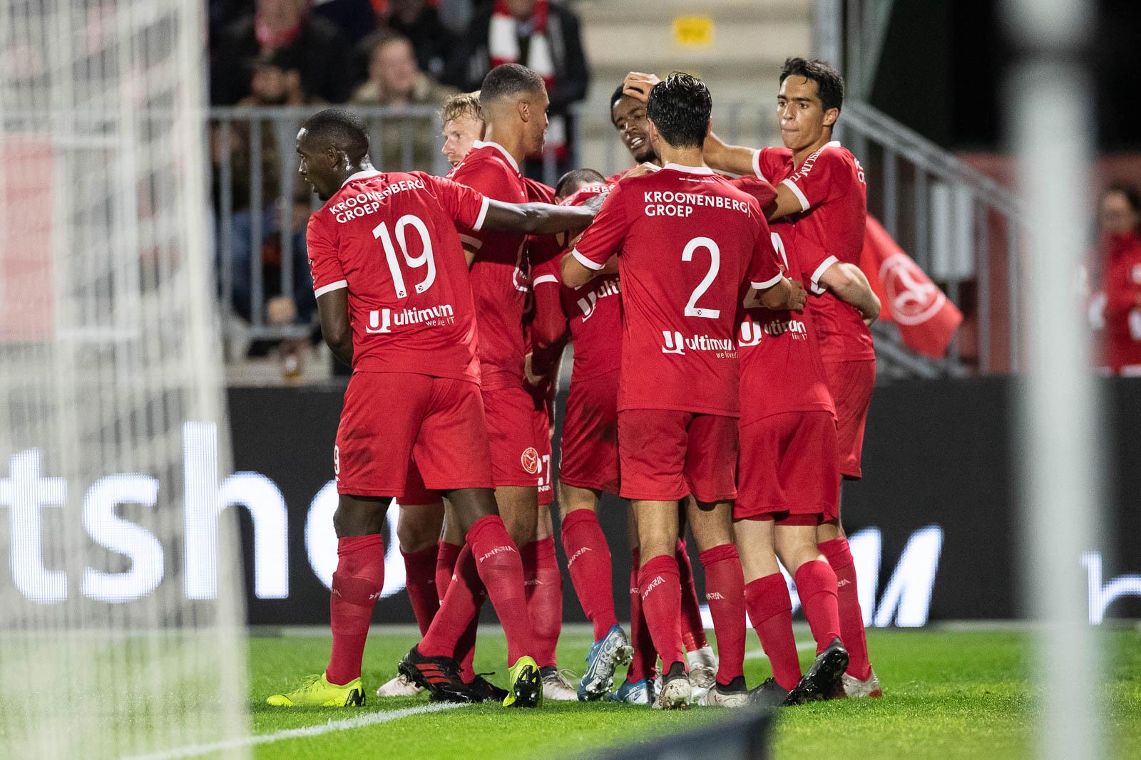 Almere City FC wil geschiedenis wissen op De Vijverberg