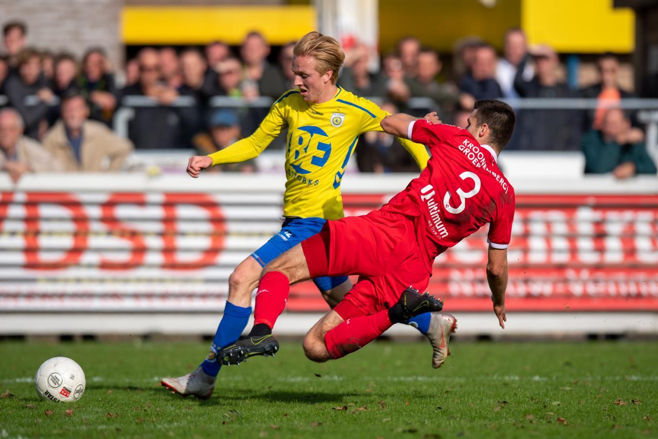 Jong Almere City FC snakt naar driepunter