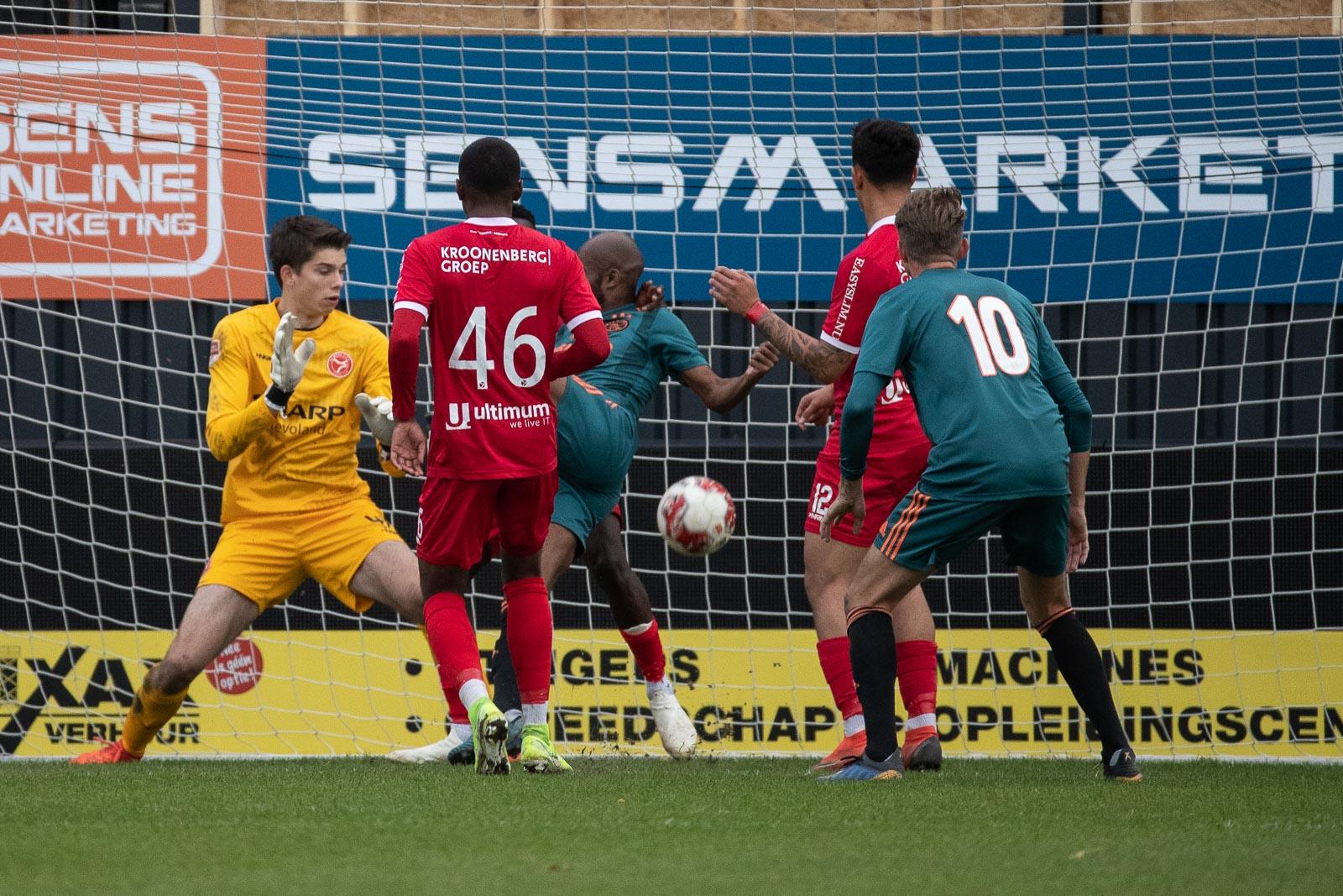 Zespuntenduel voor Jong Almere City FC in Barendrecht