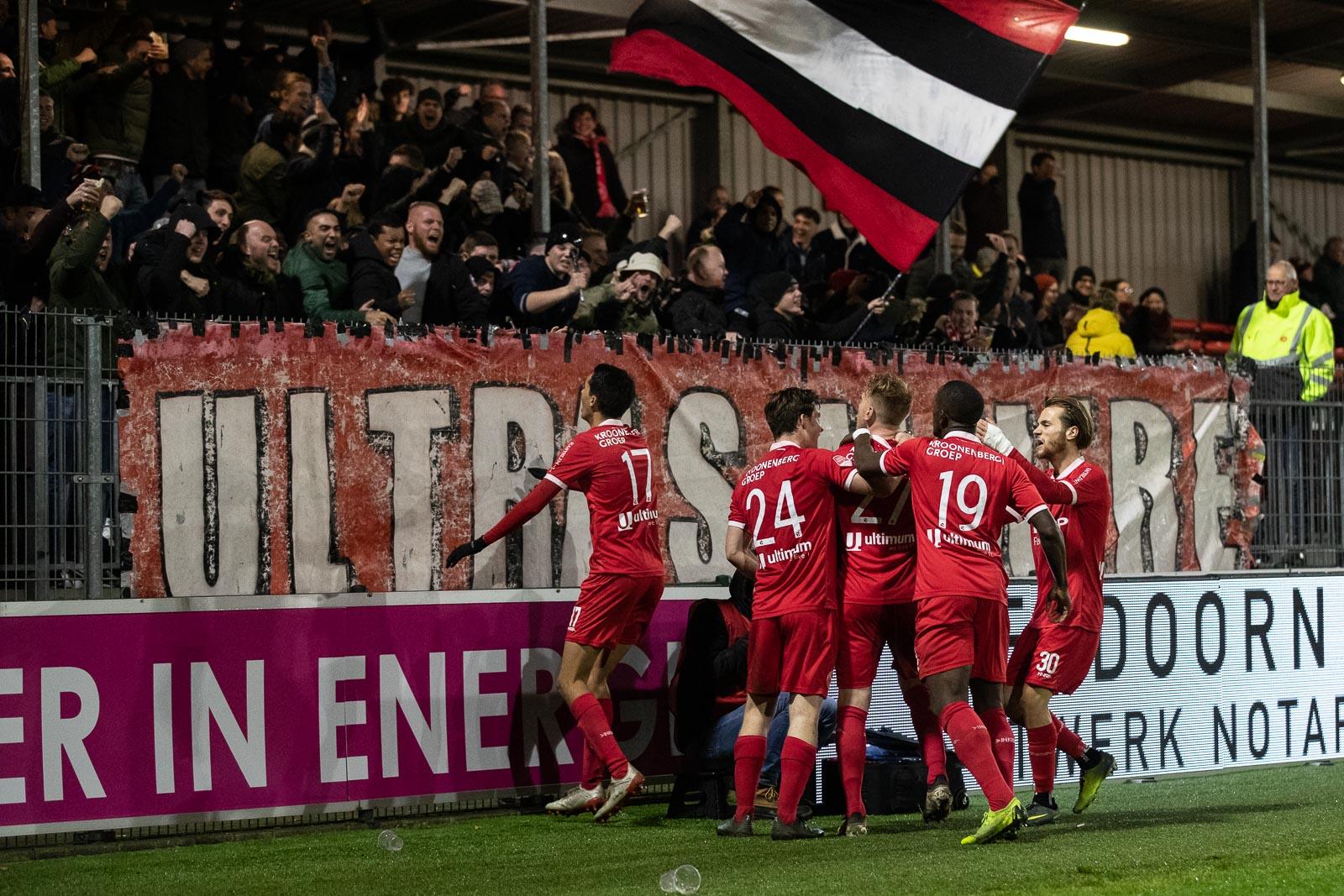 Tijdelijke seizoenkaart Almere City FC omruilen kan vanavond nog