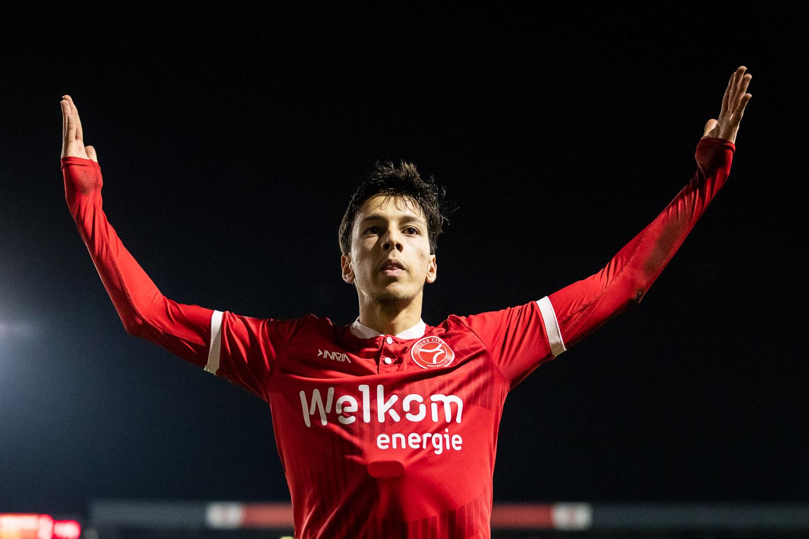 Almere City FC opent vanavond FEBO Automatiek