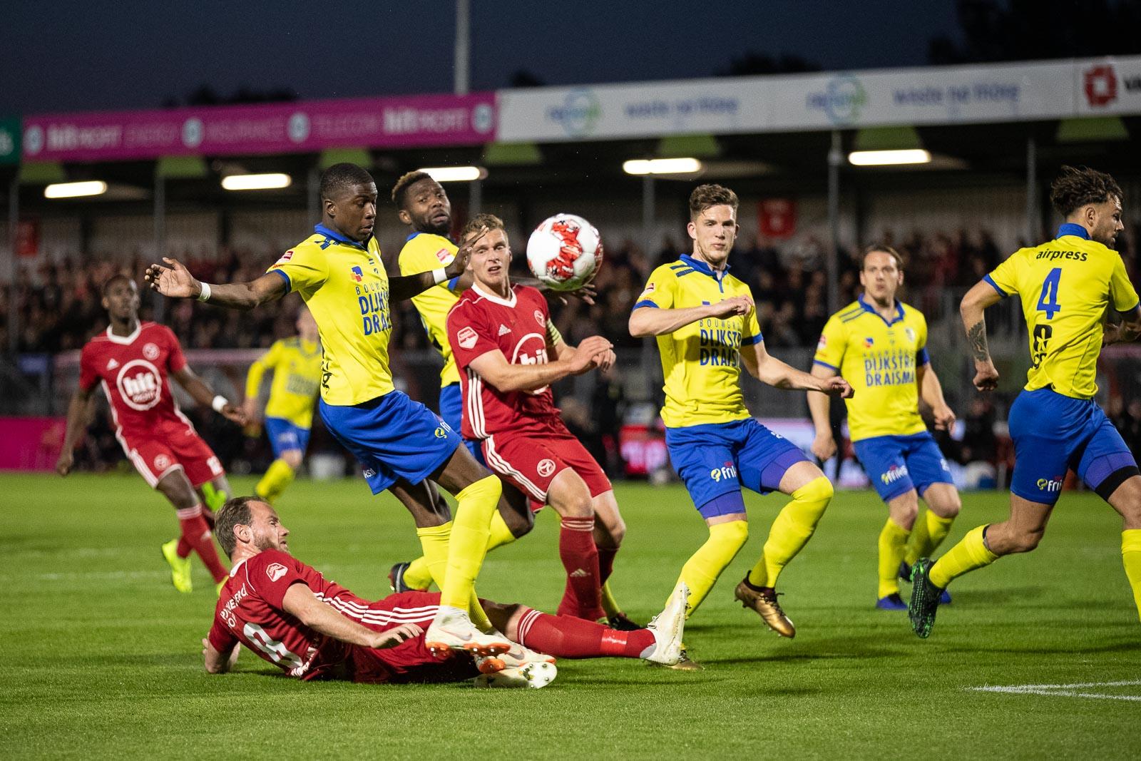 Almere City FC aast op revanche tegen koploper Cambuur