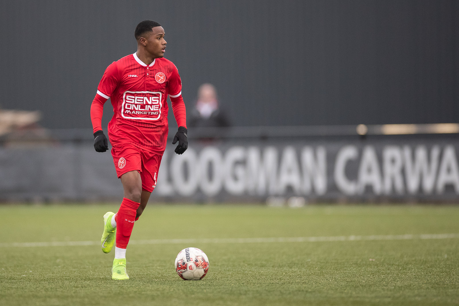 Almere City FC sluit oefenduel met Volendam winnend af