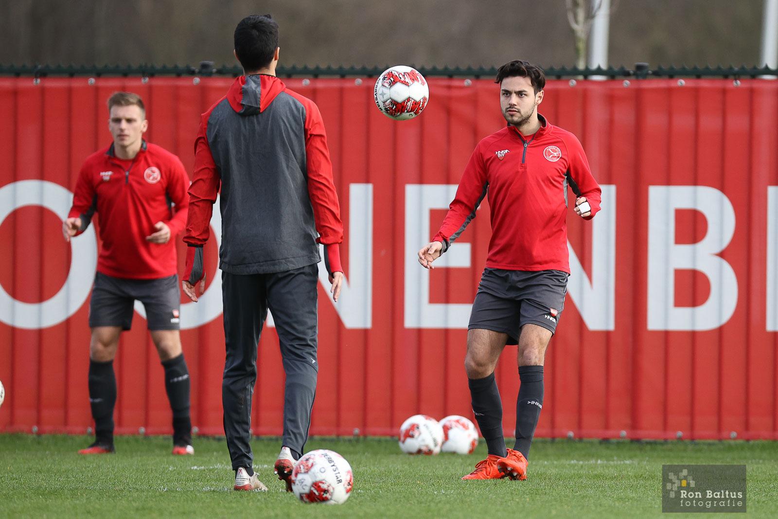 Hoofdmacht Almere City FC hervat trainingen
