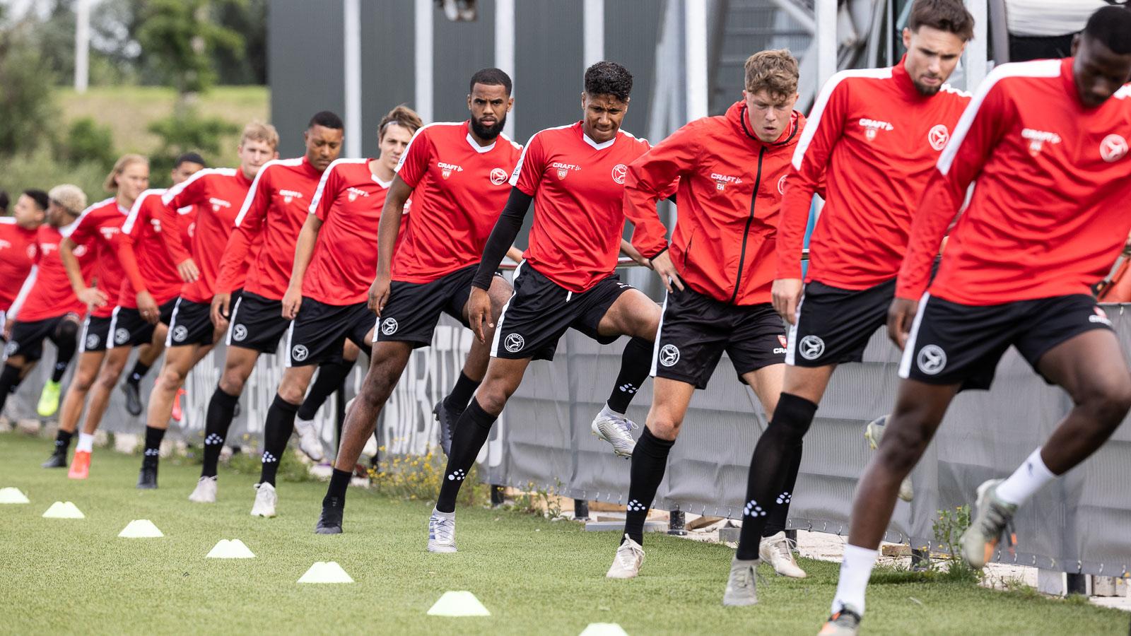 Almere City FC O21 start tegen Sporting Almere