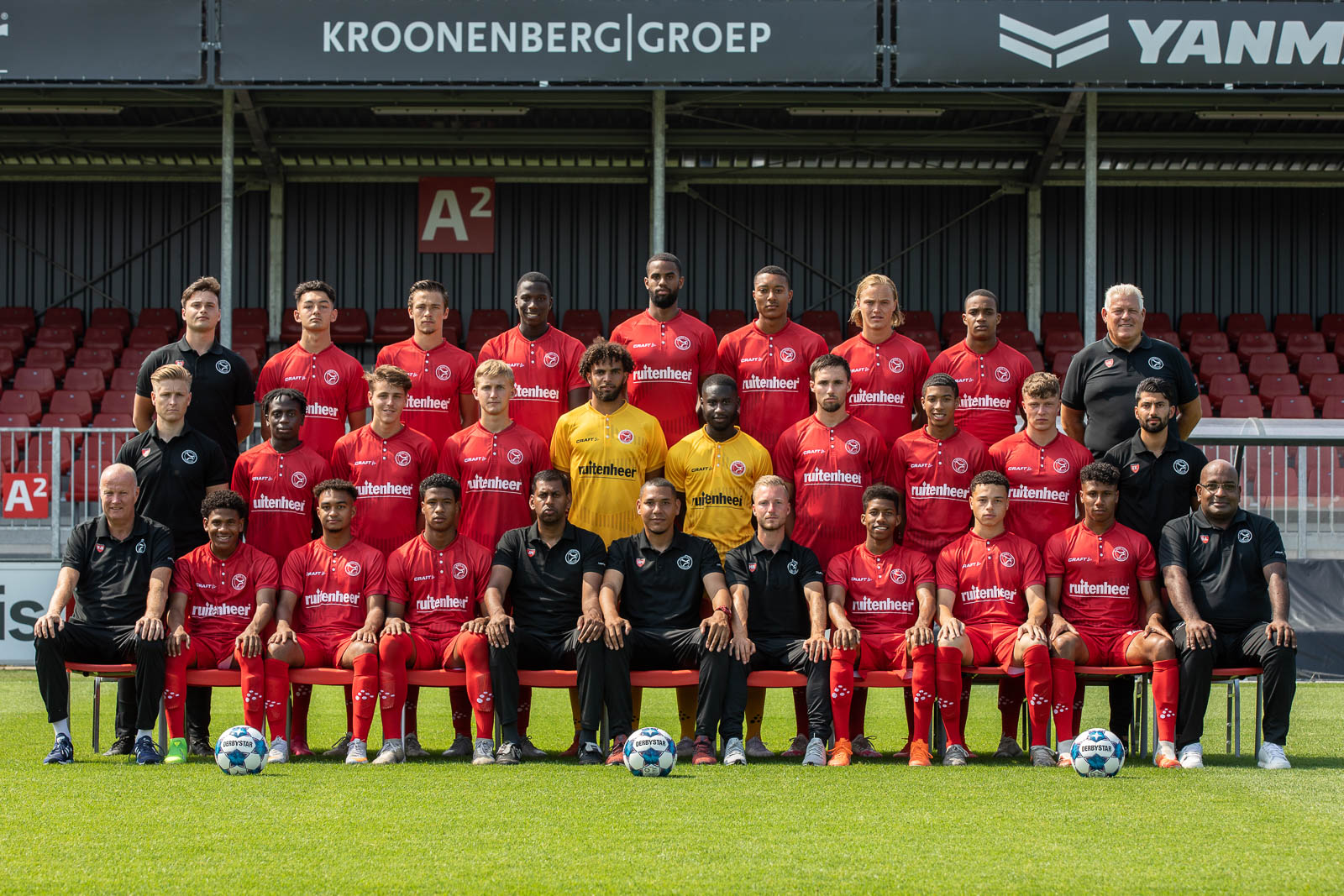 Ruitenheer keert als naamgever Football Academy terug op shirts Almere City FC
