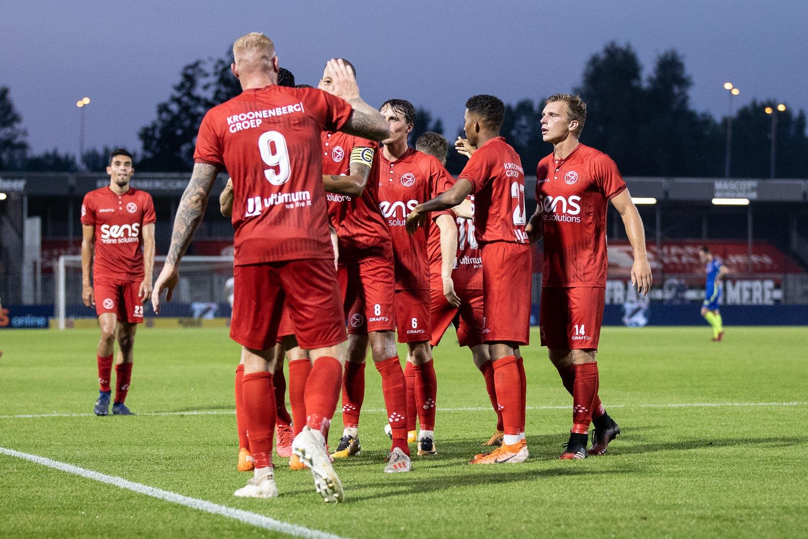 Almere City FC moet rug rechten bij TOP Oss