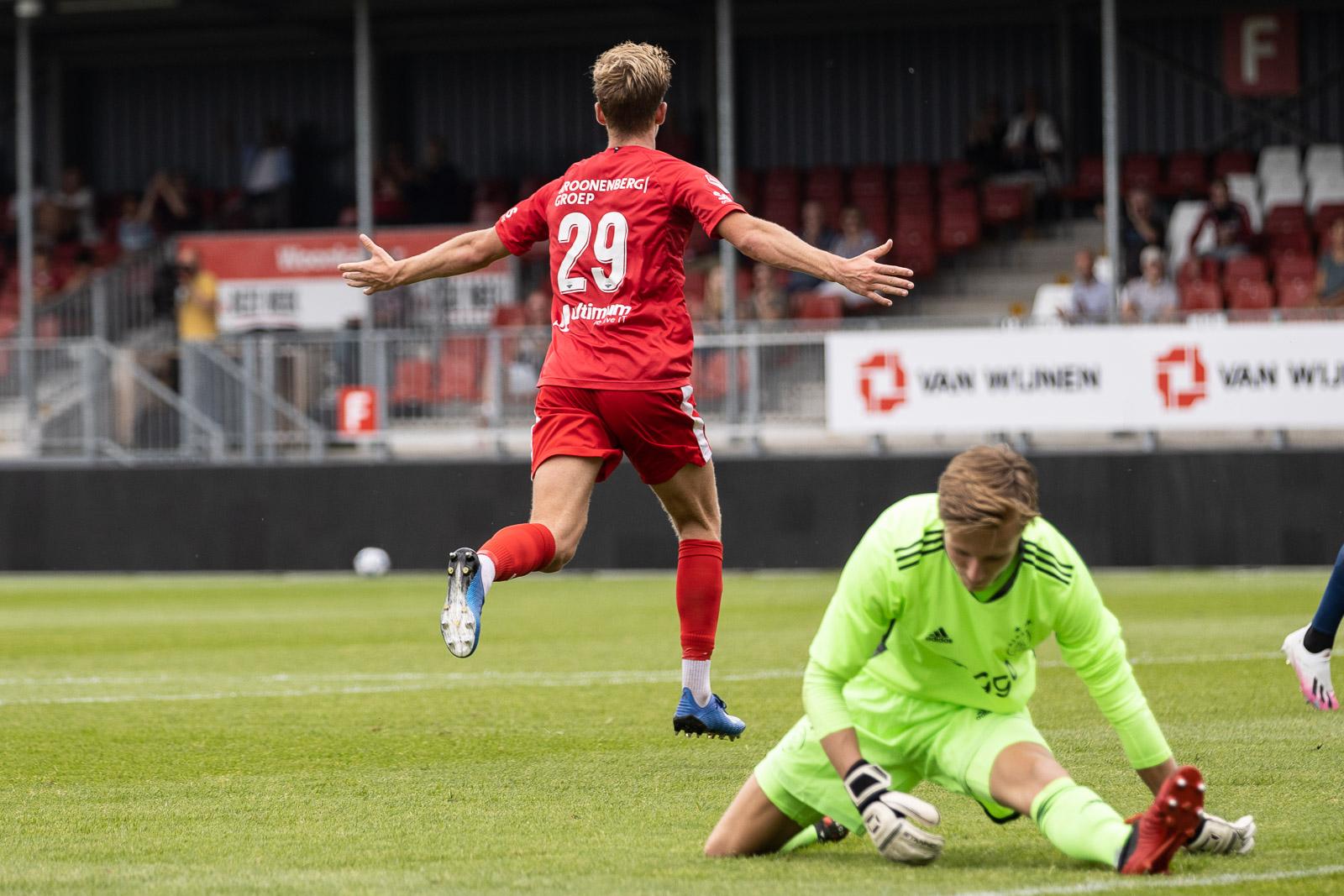 Jelle Goselink op huurbasis naar Helmond Sport