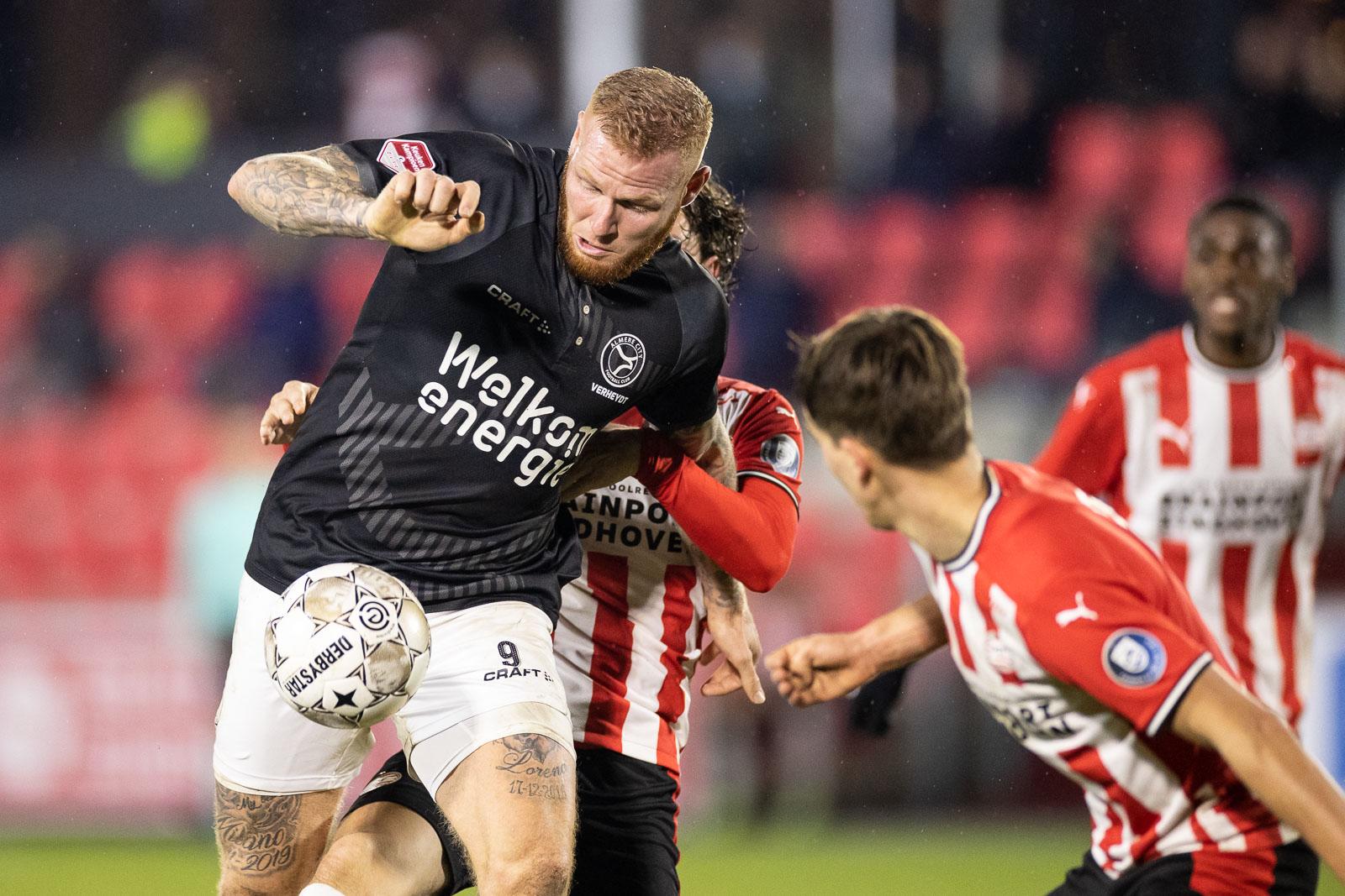 Almere City FC zes duels in derde periode live op ESPN