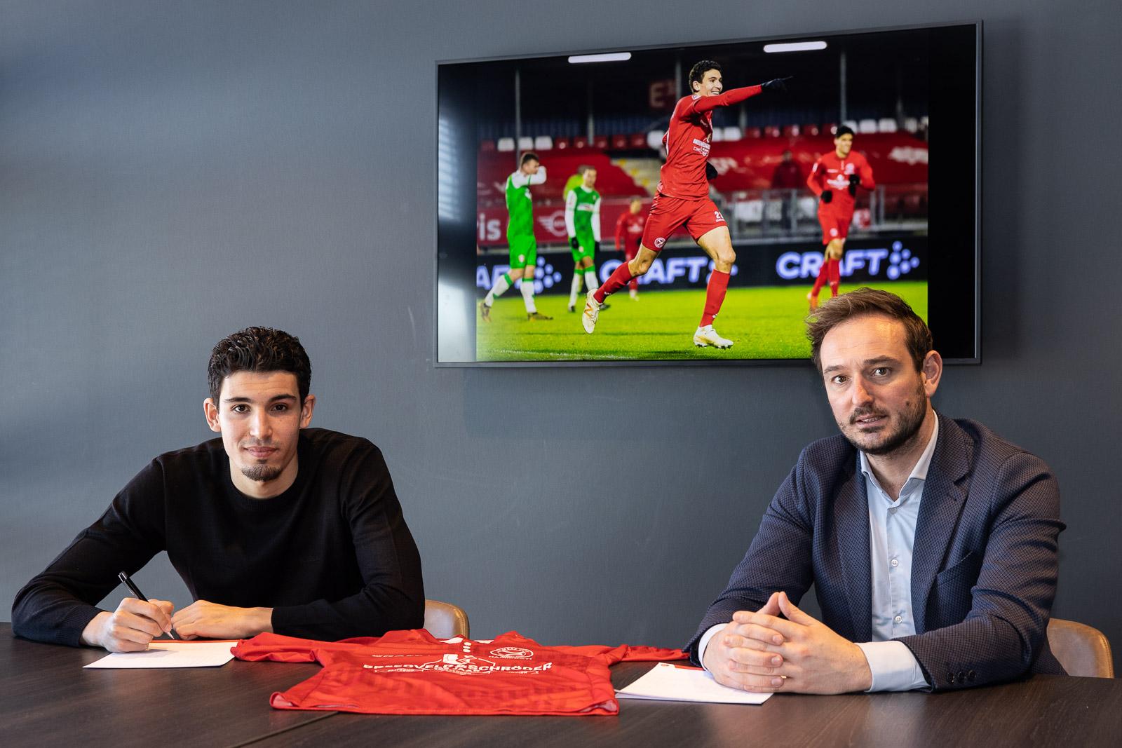 Faris Hammouti twee jaar langer bij Almere City FC