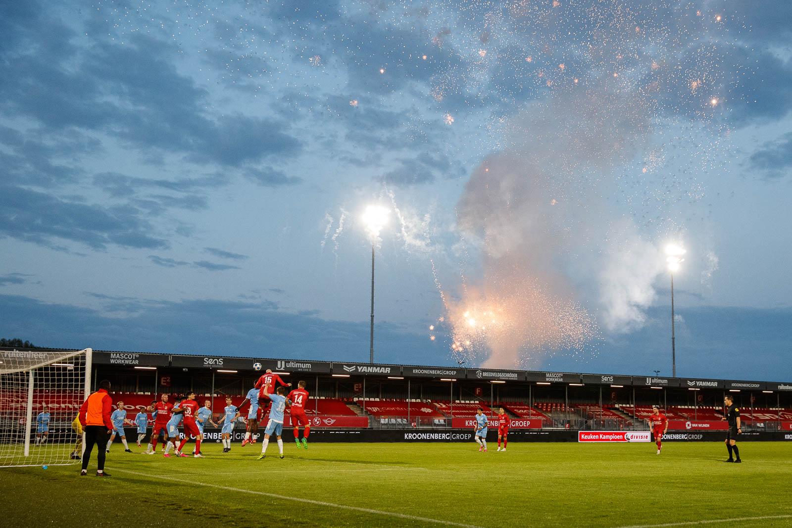 Almere City FC moet het klusje via de play-offs klaren