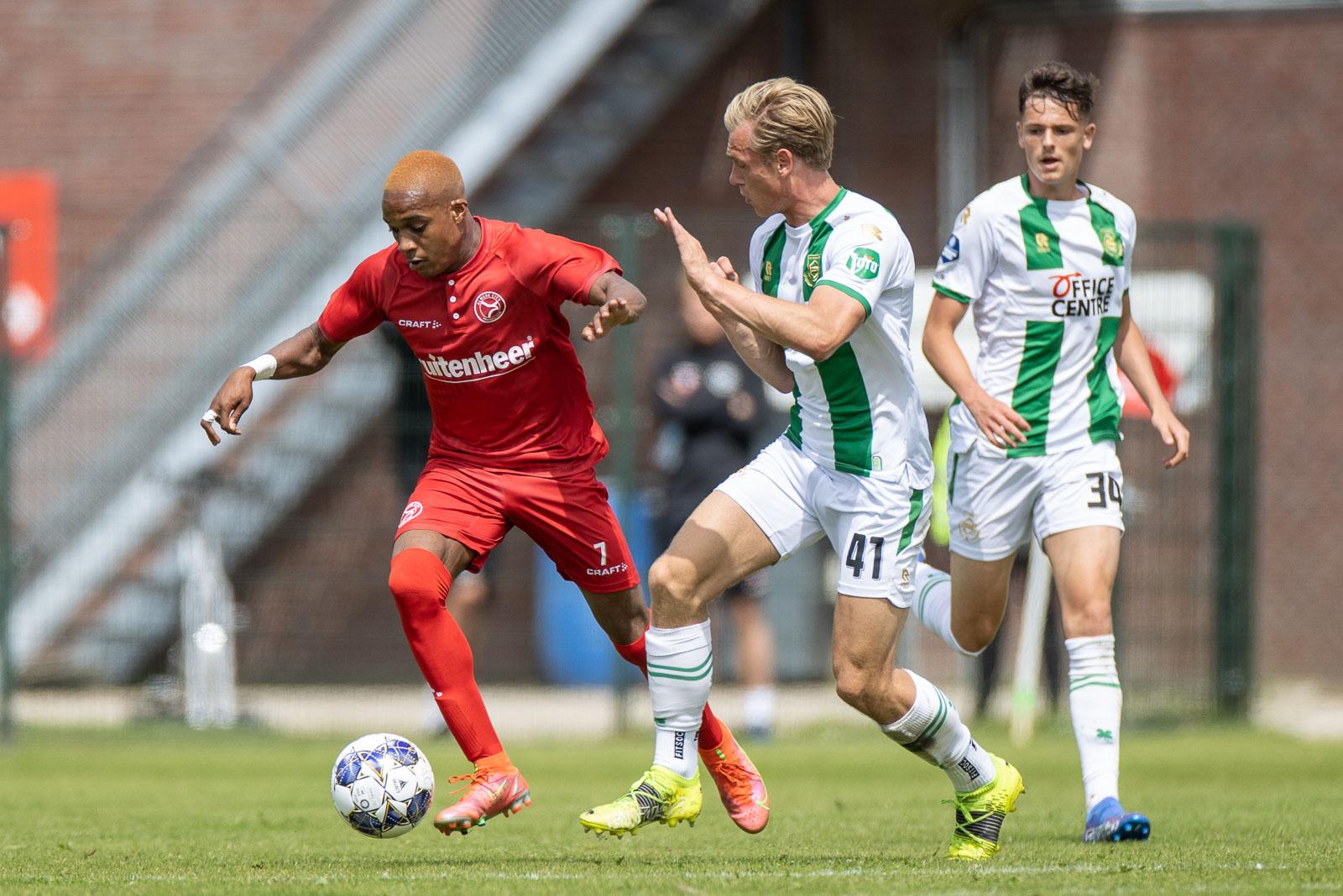 Almere City FC O21 gaat in Nijmegen voor de winst