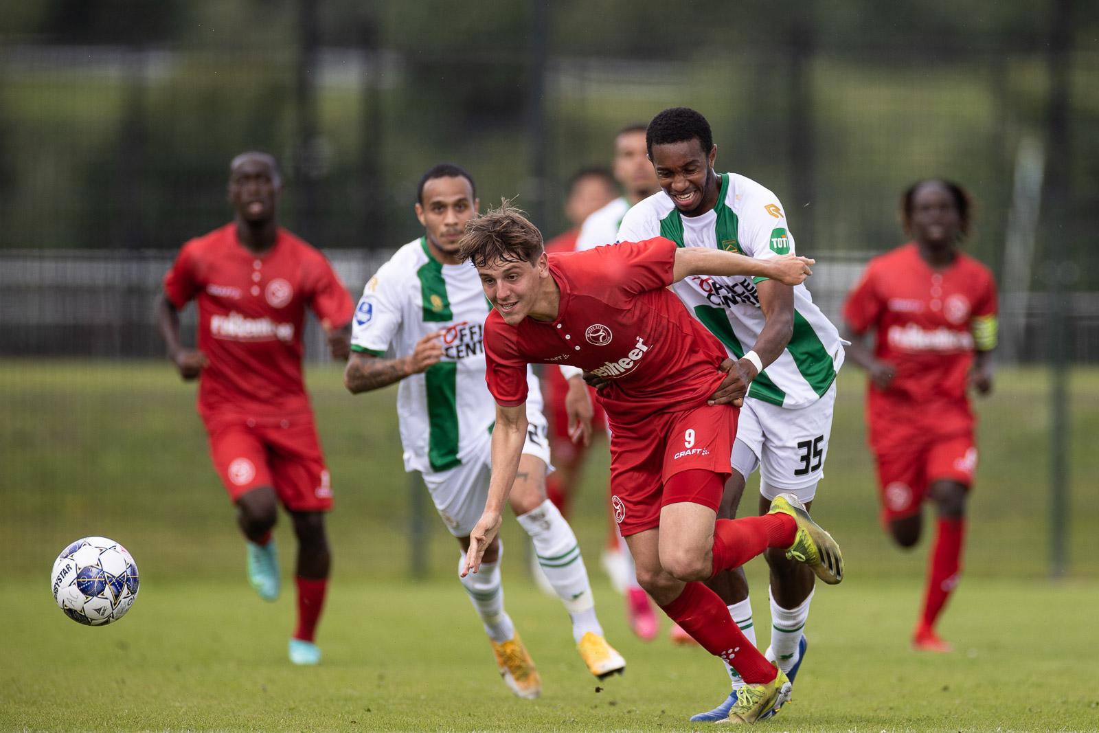 O21 legt het in oefenduel af tegen FC Groningen