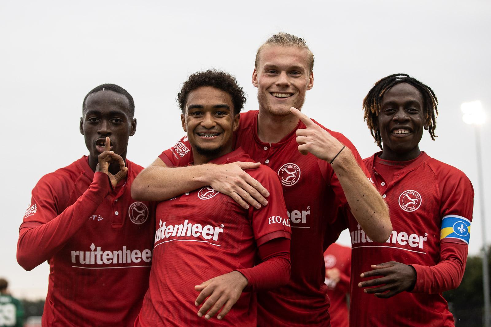 Jeffry Puriel grote man bij fraaie zege O21 op Feyenoord
